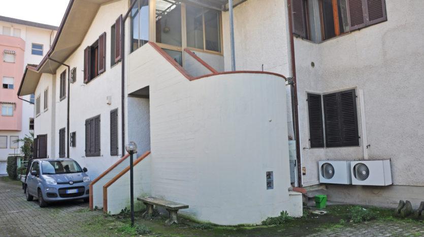 Appartamento posto al piano terra di edificio plurifamiliare Cod 1621