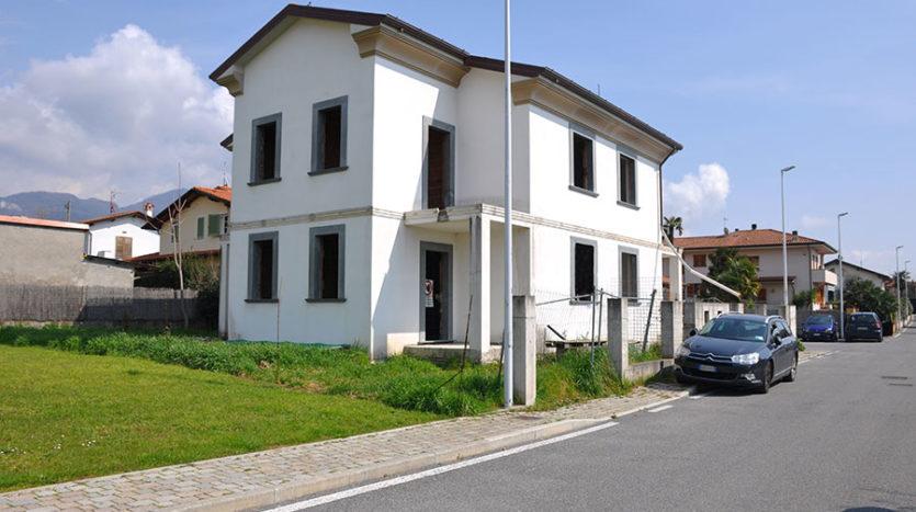 Villetta bifamiliare in vendita nel Comune di Seravezza Cod 1371