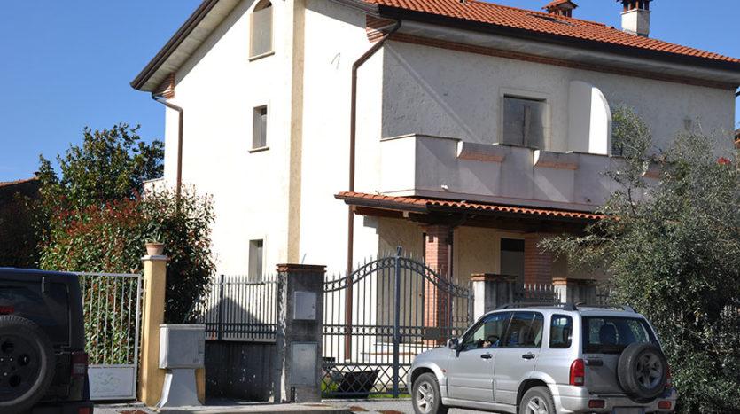 Villetta in vendita nella campagna del Comune di Seravezza Cod 1543