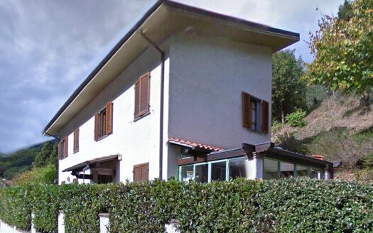 Casa in Versilia - Appartamento in vendita nel Comune di Seravezza Cod 1673