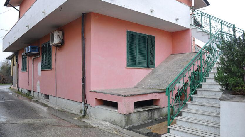 Casa a Pietrasanta - Appartamento in vendita nella campagna di Pietrasanta Cod 1733
