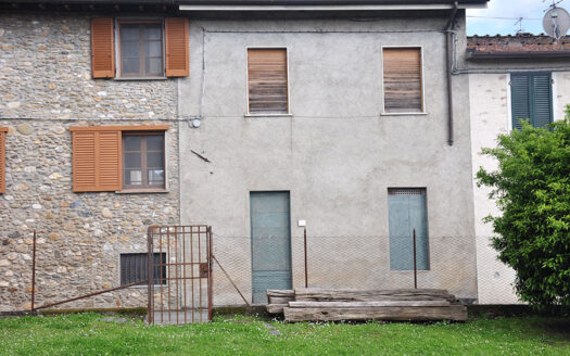 Casa a Seravezza - Appartamento in vendita nel Comune di Seravezza