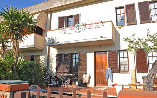 Casa a Pietrasanta - Trifamiliare in vendita a Pietrasanta