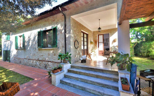 Villa in Versilia - Villa in Vendita a Marina di Pietrasanta