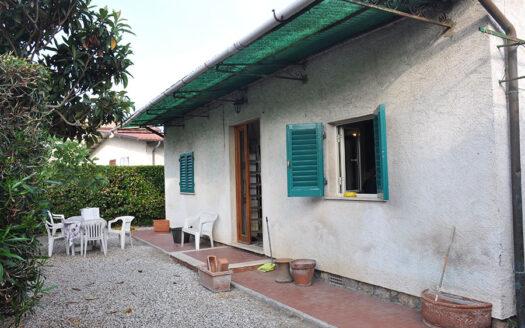 Casa al mare - Villetta in vendita a Forte dei Marmi
